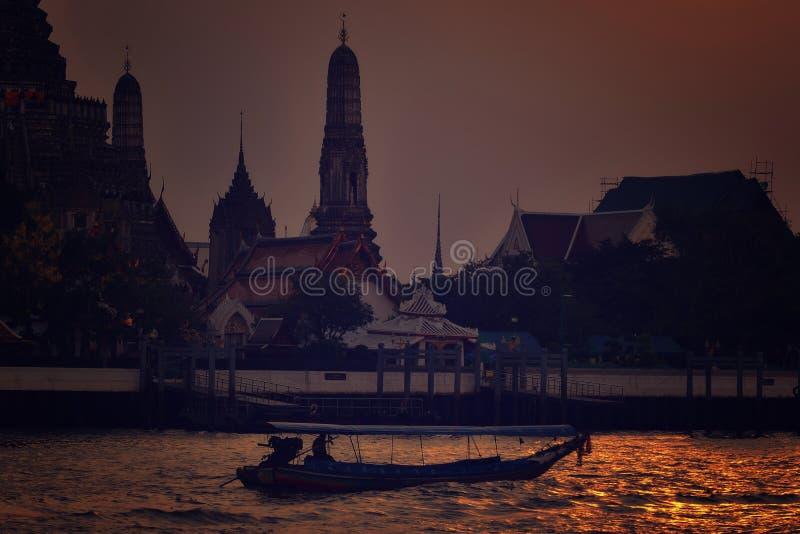 Chao Phraya River Longtail Boat arkivbild