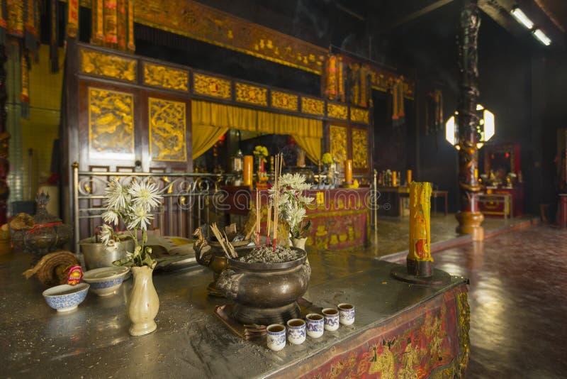 Chaopho Muen位于董里,泰国的市中心的Ram寺庙内部看法  免版税库存图片