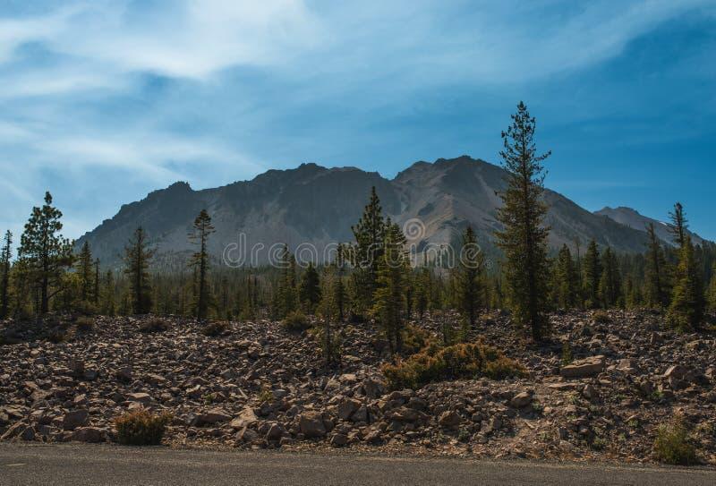 Chaossteile rotsen in het Vulkanische Nationale Park van Lassen, Californië royalty-vrije stock foto's