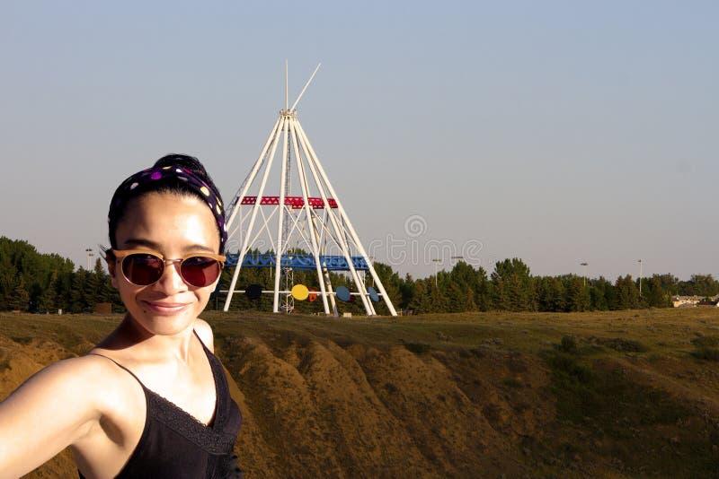Chapéu da medicina da mulher de Selfie foto de stock royalty free