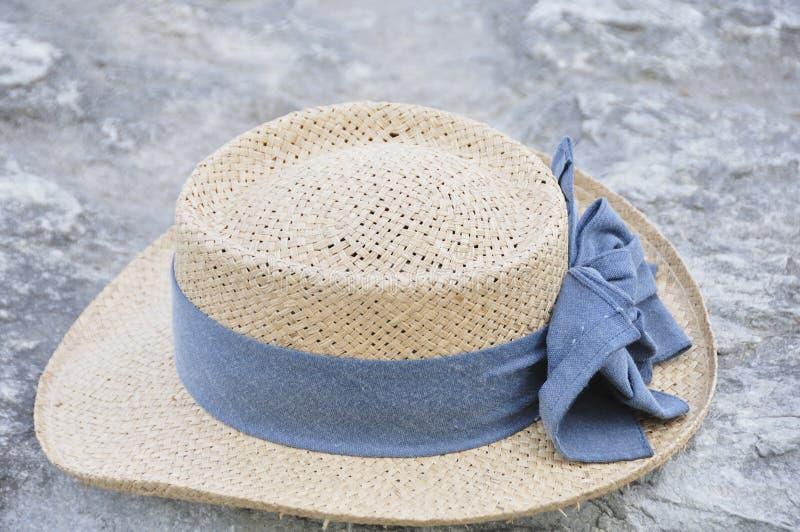 Chapéu de palha do verão foto de stock