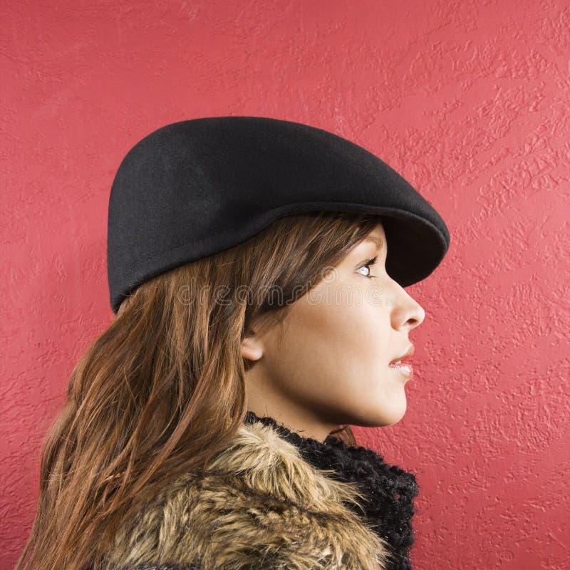 Chapéu desgastando da mulher. imagens de stock royalty free