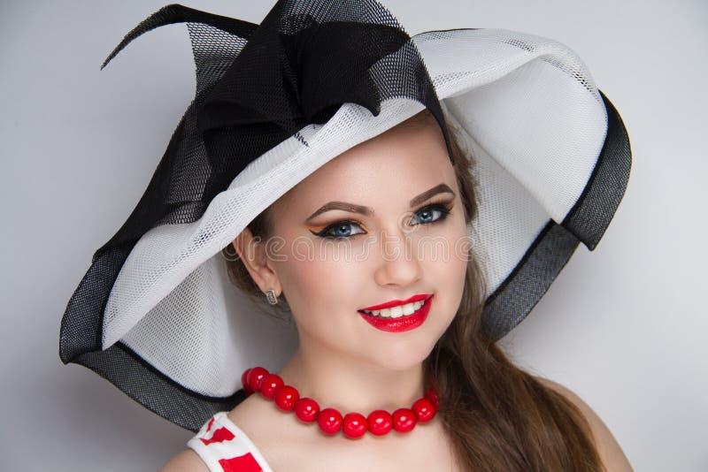Chapéu do verão da mulher imagens de stock royalty free