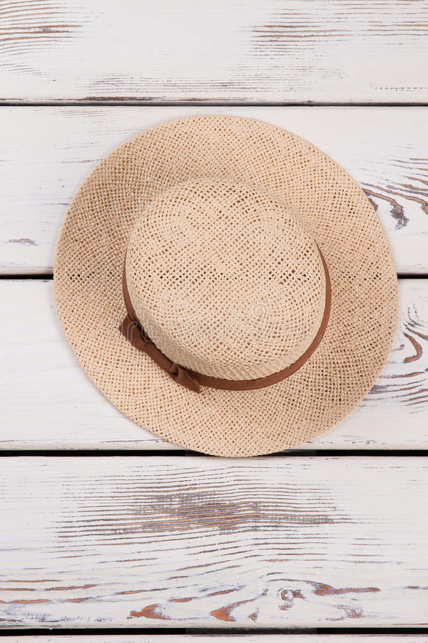 Chapéu do verão do Weave, vista superior imagens de stock royalty free