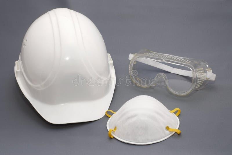 Chapéu duro e equipamento da proteção da segurança imagens de stock