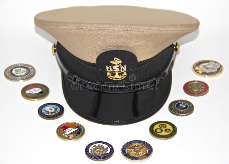 Chapéu uniforme de um chefe da marinha de E.U. fotos de stock royalty free