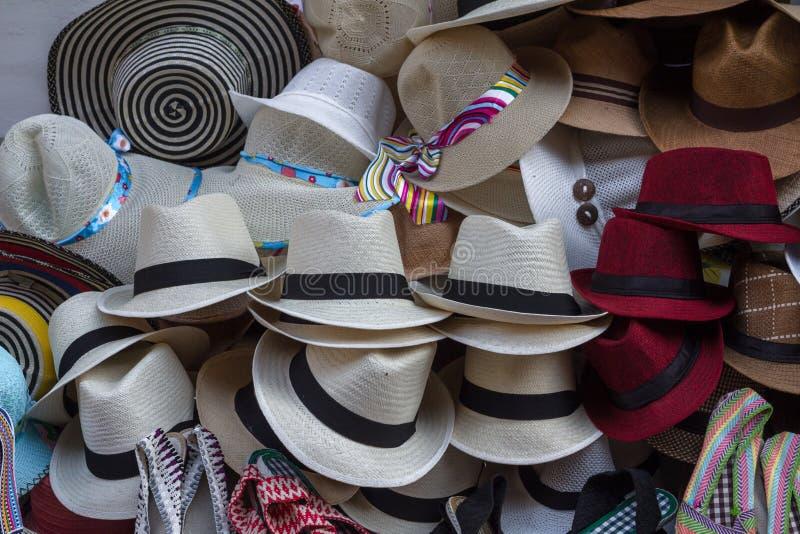 Chapéus para a venda, Cartagena de Sun, Colômbia imagem de stock