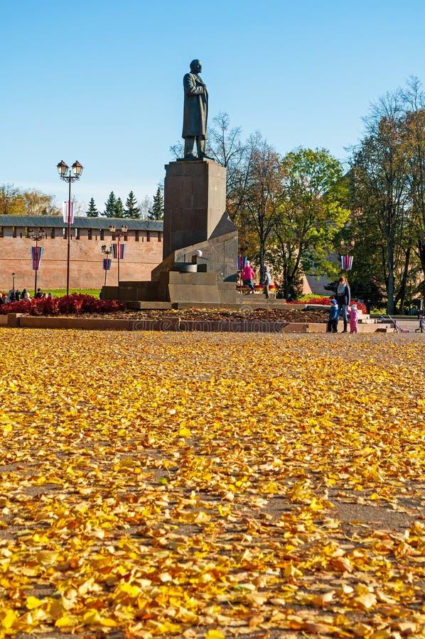 chapaev μνημείο στο β Ι Λένιν - ρωσικός κομμουνιστικός επαναστατικός, πολιτικός, και πολιτικός θεωρητικός σε Veliky Novgorod, Ρωσ στοκ εικόνα με δικαίωμα ελεύθερης χρήσης
