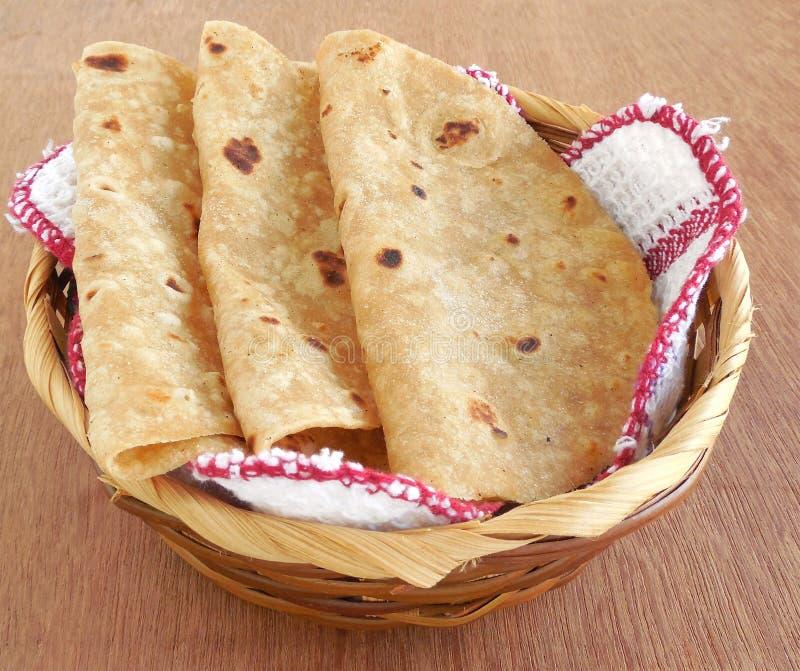 Chapati indiano do alimento foto de stock