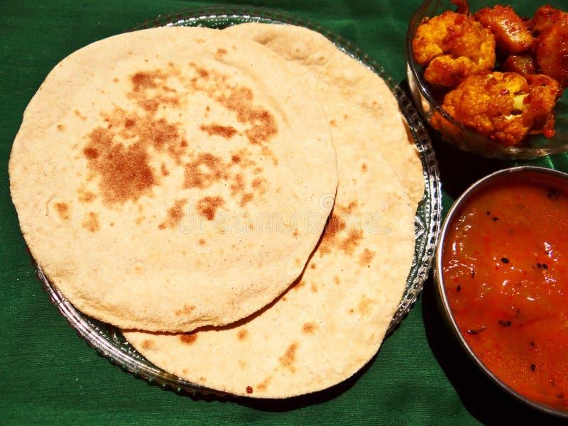 Chapati indiskt bröd arkivfoton