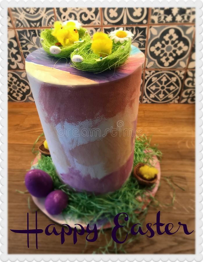 Chapeau de Pâques pendant des journées de printemps image stock