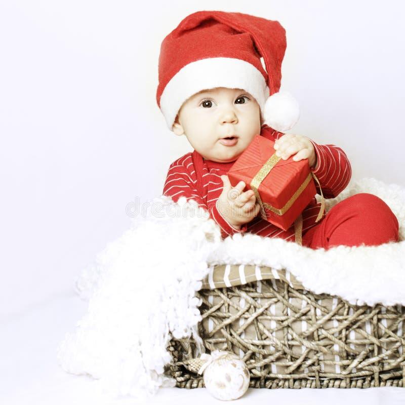 Chapeau de Santa d'usage de bébé de nouvelle année photographie stock