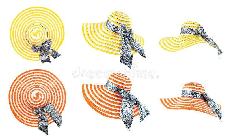 Chapeau de soleil de plage pour des vacances d'été Chapeau tissé jaune et orange avec le ruban et arc sur le fond blanc avec le c photo libre de droits