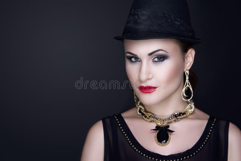 Chapeau noir de femme images libres de droits