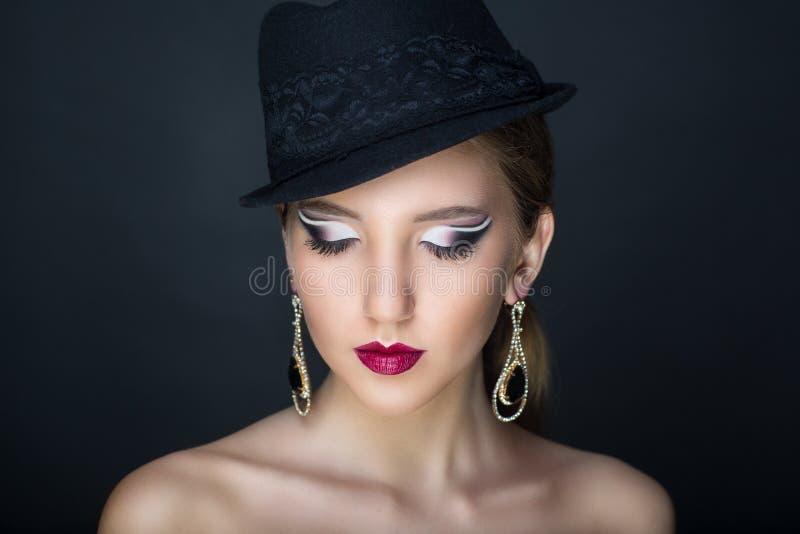 Chapeau noir de femme images stock