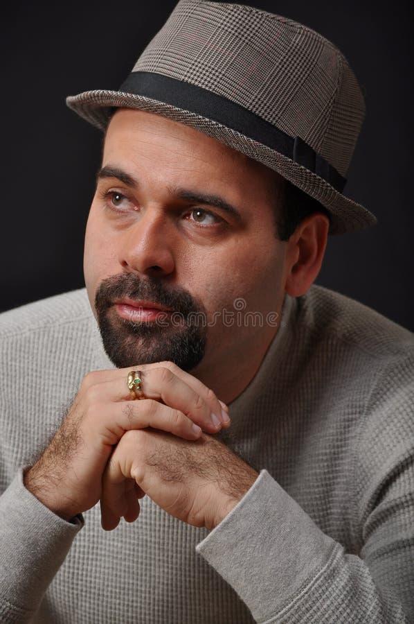 Chapeau s'usant d'homme images stock