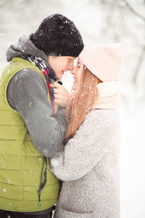 Chapeaux mignons d'hiver photo stock