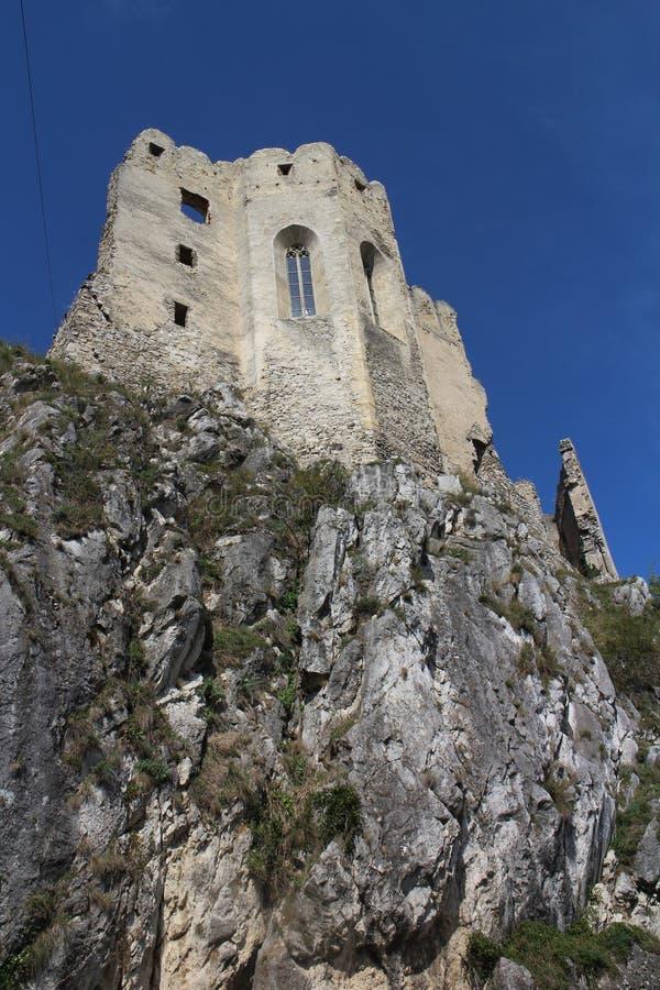 Chapelle dans le château de Beckov photos libres de droits