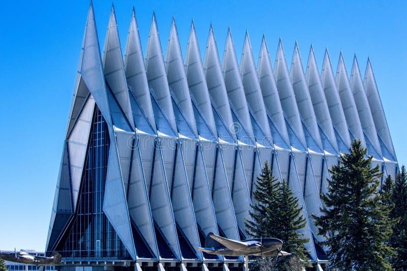 Chapelle de cadet à l'Académie de l'armée de l'air des États-Unis images stock