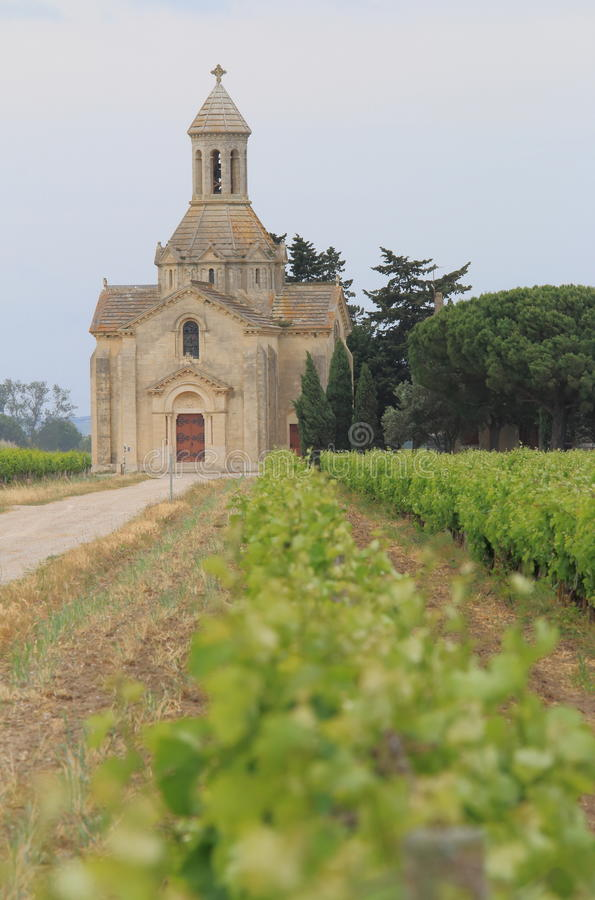 Chapelle de Montcalm Vauvert, Frankrike royaltyfri bild