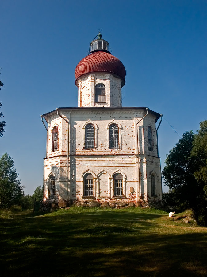 Chapelle-phare sur Solovki image libre de droits