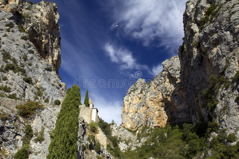 Chapelle Sainte Anne set between the two mountains, Moistiers Sainte Marie, Verdon, France stock photo