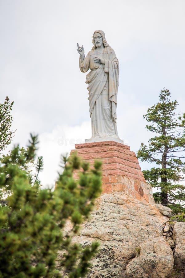 Chapelle sur la pierre Chruch - statue de roche de Jésus photos stock
