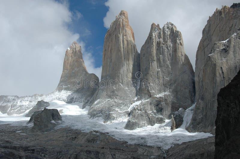 Chapiteles de Torres del Paine imagen de archivo