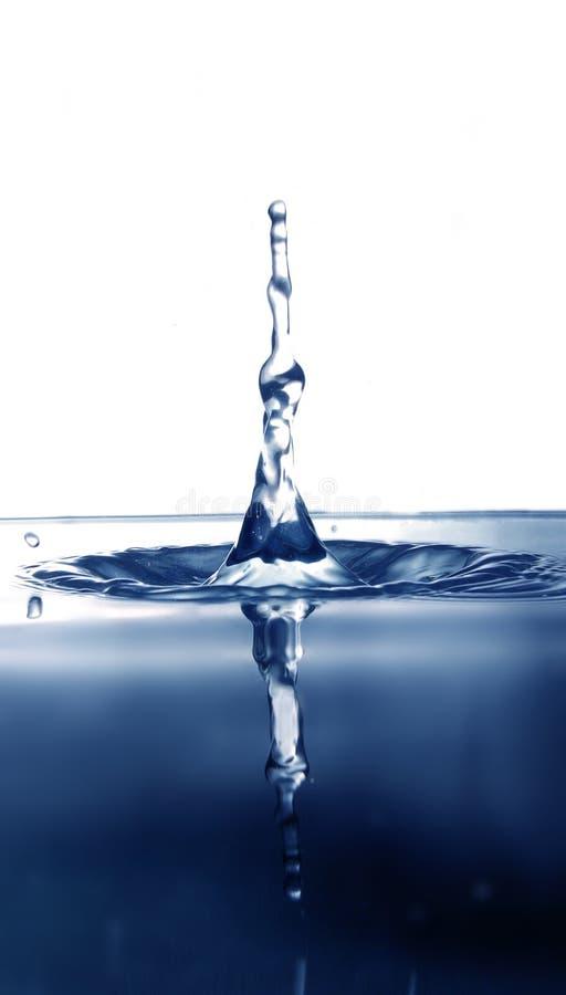 Chapoteo de la gota del agua imagenes de archivo