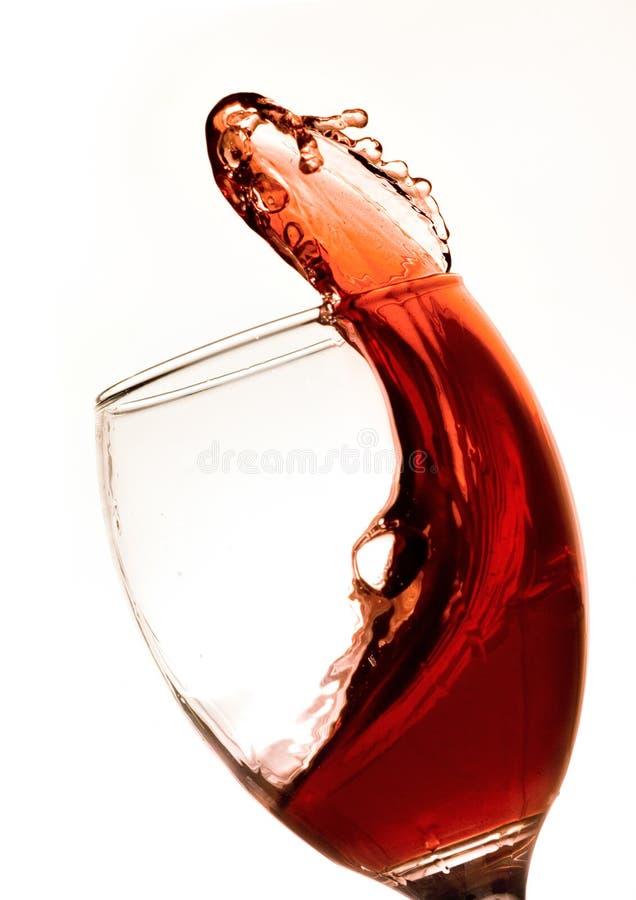 Chapoteo del vino rojo imagen de archivo libre de regalías