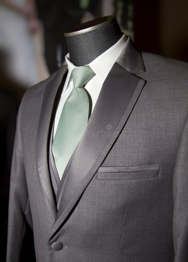 Chaqueta para hombre, chaleco y lazo de la capa de vestido foto de archivo libre de regalías