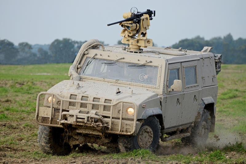 Download Char d'assaut photo stock. Image du baril, léopard, blindé - 45354692