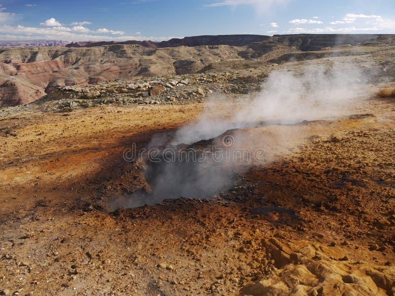 Charbon brûlant souterrain sur la montagne de Smokey images libres de droits