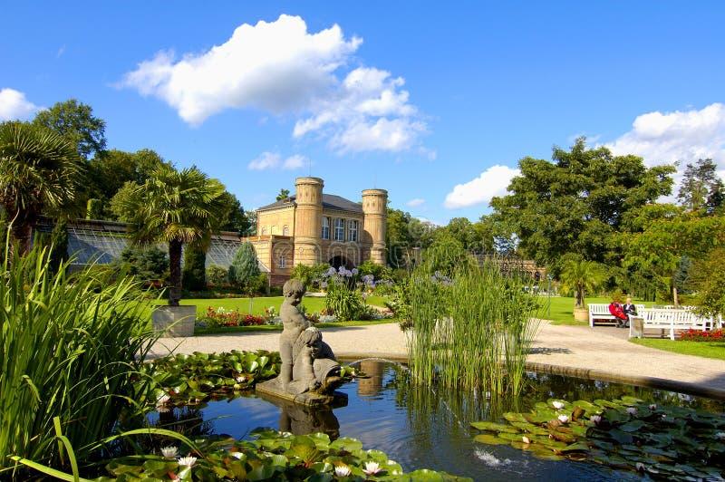 Charca y Orangerie foto de archivo