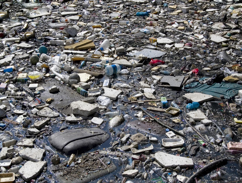 Charco de la basura imágenes de archivo libres de regalías