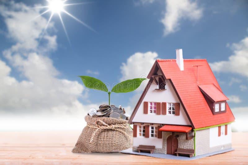 Chargement d'hypothèque et propriété de calculatrice photos stock