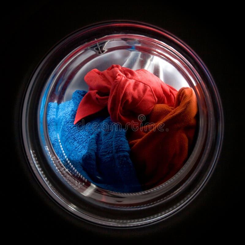 Chargement de blanchisserie photo stock