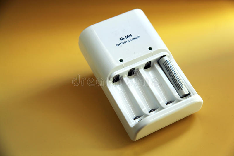 Chargeur de batterie photo stock