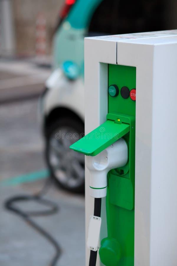 Chargeur de véhicule électrique image stock