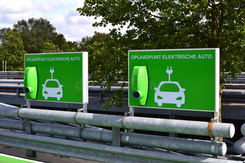 Download Charging Station For Electric Cars. Royalty Free Stock Photo - Image: 35385335