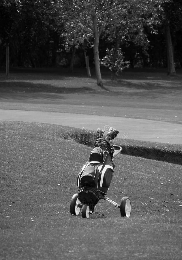 Chariot à golf solitaire photo stock