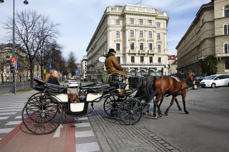 Chariot de cheval Vienne, Autriche photos libres de droits