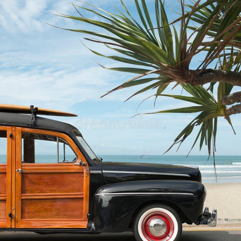 Chariot de Woody de surfer photo stock