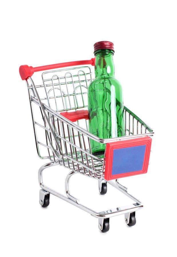 Chariot et bouteille deux photographie stock libre de droits