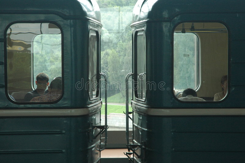 Chariots de métro photos stock