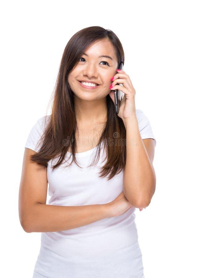Download Charla Asiática De La Mujer Al Teléfono Móvil Foto de archivo - Imagen de atractivo, charming: 42442958