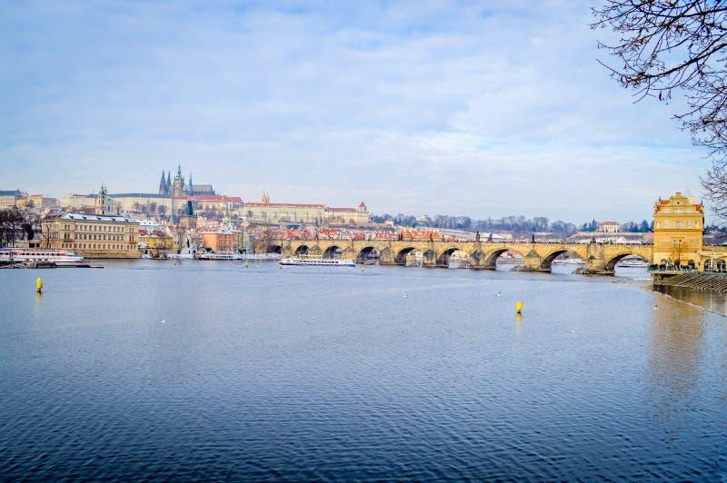 Charles Bridge (Karluv más) Praga, República Checa fotografía de archivo libre de regalías