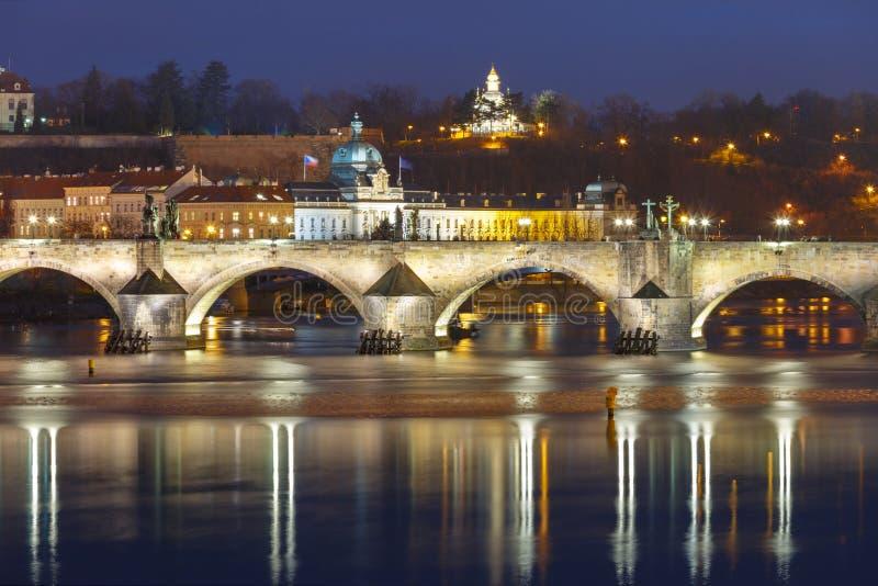Charles Bridge at night in Prague, Czech Republic stock photography