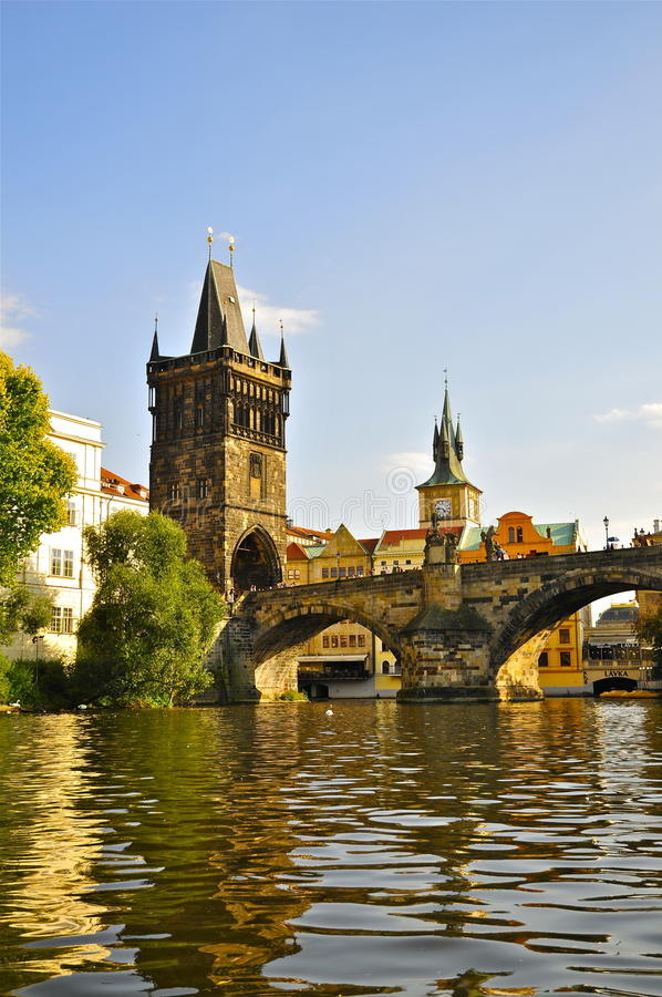 Charles Bridge Old Town Tower, Prague images stock