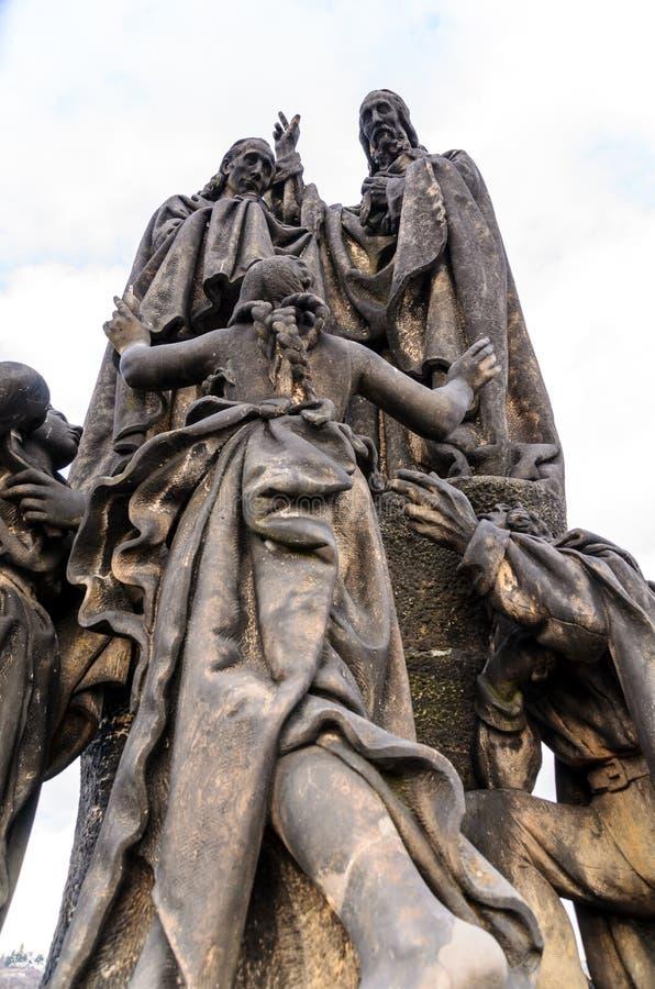 Charles Bridge Statue immagini stock libere da diritti
